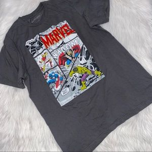 MARVEL Men's Short Sleeve action Packed Tee